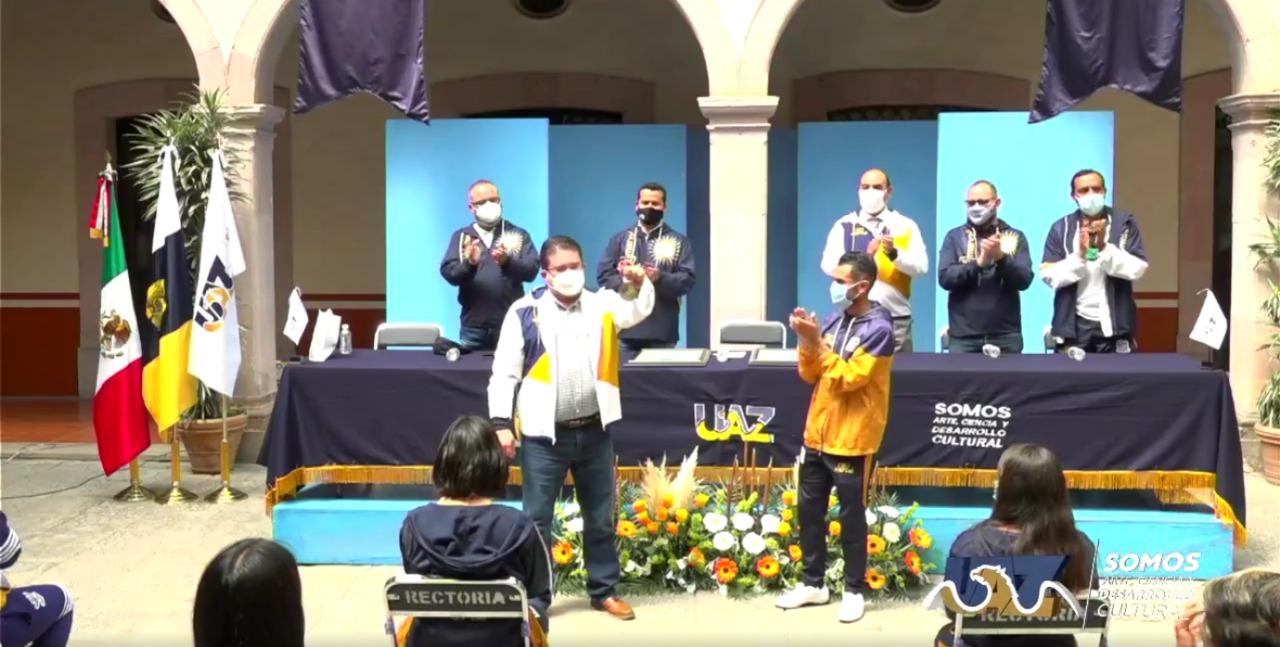 Rector de la UAZ reconoce a las Tuzas por el primer lugar en el Campeonato Nacional Universitario de Fútbol (1)