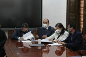 04 El ISSSTE y la UAZ firman acuerdo para reforzar colaboración en temas de salud